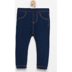 Spodnie jeansowe - Granatowy. Jeansy dla dziewczynek marki bonprix. Za 29.99 zł.