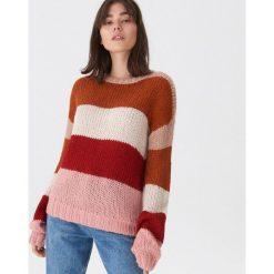 Sweter w kolorowe pasy - Paski. Szare swetry damskie House. Za 89.99 zł.