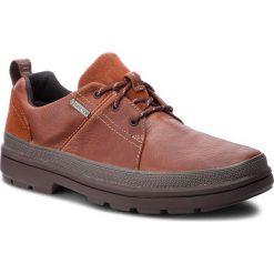Półbuty CLARKS - Rushway Lace Gtx GORE-TEX 261355567 British Tan Leather. Brązowe półbuty na co dzień męskie Clarks, z gore-texu. W wyprzedaży za 409.00 zł.