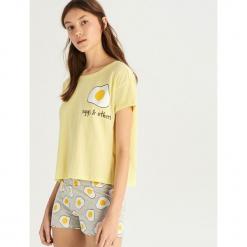 Dwuczęściowa piżama - Żółty. Żółte piżamy damskie Sinsay. Za 39.99 zł.