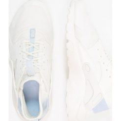 Nike Sportswear AIR HUARACHE RUN ULTRA  Tenisówki i Trampki sail/royal tint. Buty sportowe dziewczęce Nike Sportswear, z materiału. Za 449.00 zł.
