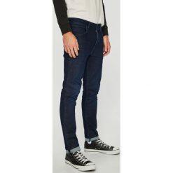 Wrangler - Jeansy Larston. Niebieskie jeansy męskie Wrangler. Za 329.90 zł.