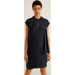 Mango - Sukienka Ben. Szare sukienki damskie Mango, z elastanu, casualowe, z okrągłym kołnierzem. Za 139.90 zł.