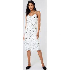 Just Female Sukienka na ramiączkach Laura - White,Multicolor. Białe sukienki damskie JUST FEMALE, na ramiączkach. Za 505.95 zł.