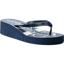 Japonki CALVIN KLEIN JEANS - Tesse Jelly RE9734 Steel Blue. Niebieskie klapki damskie Calvin Klein Jeans, w paski, z jeansu. Za 179.90 zł.