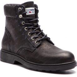 Kozaki TOMMY JEANS - Embossed Nubuck Boot EM0EM00234 Black 990. Czarne kozaki męskie Tommy Jeans, z jeansu. Za 649.00 zł.