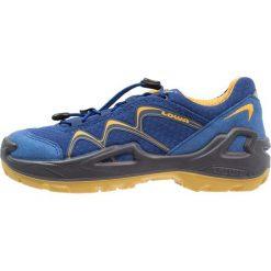 Lowa INNOX GTX JUNIOR Obuwie hikingowe blau/gelb. Obuwie sportowe damskie Lowa, z materiału. W wyprzedaży za 347.65 zł.