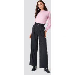 Trendyol Spodnie Binding Detail - Black. Czarne spodnie materiałowe damskie Trendyol, w paski. Za 100.95 zł.