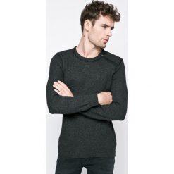 Casual Friday - Sweter. Czarne swetry przez głowę męskie Casual Friday, z bawełny, z okrągłym kołnierzem. W wyprzedaży za 99.90 zł.