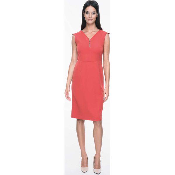 """9e7f0d816af3 Czerwona Sukienka Ołówkowa z Suwakiem przy Dekolcie """"V"""" - Sukienki ..."""