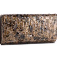 Duży Portfel Damski NOBO - NPUR-LG0180-C015 Brązowy. Brązowe portfele damskie Nobo, z lakierowanej skóry. W wyprzedaży za 179.00 zł.