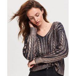 Błyszczący sweter - Granatowy. Niebieskie swetry damskie Reserved. Za 159.99 zł.