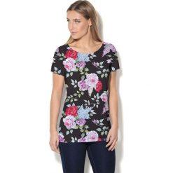 Colour Pleasure Koszulka damska CP-034 7 czarno-różowa r. XS-S. Bluzki damskie marki Colour Pleasure. Za 70.35 zł.
