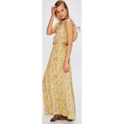 Answear - Sukienka. Szare sukienki damskie ANSWEAR, z tkaniny, casualowe. W wyprzedaży za 119.90 zł.