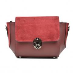 Skórzana torebka w kolorze czerwonym - (S)31 x (W)22 x (G)10 cm. Czerwone torby na ramię damskie Akcesoria na sylwestrową noc. W wyprzedaży za 219.95 zł.