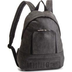 Plecak MUSTANG - Hamptons 4100000169 Black 900. Szare plecaki damskie Mustang, ze skóry ekologicznej. Za 349.00 zł.
