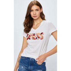 Guess Jeans - Top. Szare topy damskie Guess Jeans, z aplikacjami, z bawełny, z krótkim rękawem. Za 259.90 zł.