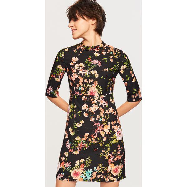 bdb05c3bd6 Sukienka w kwiaty - Czarny - Sukienki damskie marki Reserved. W ...