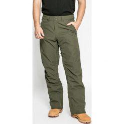 Quiksilver - Spodnie. Szare spodnie snowboardowe męskie Quiksilver, z haftami, z poliesteru. W wyprzedaży za 429.90 zł.