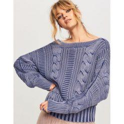 Sweter z dekoltem z tyłu - Granatowy. Niebieskie kardigany damskie Reserved. Za 119.99 zł.