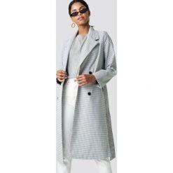 NA-KD Długi płaszcz w kratkę - Grey. Szare płaszcze damskie NA-KD, w kratkę. Za 364.95 zł.