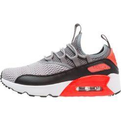 Nike Sportswear AIR MAX 90 Tenisówki i Trampki wolf grey/cool grey/black/bright crimson. Buty sportowe chłopięce Nike Sportswear, z materiału. Za 439.00 zł.