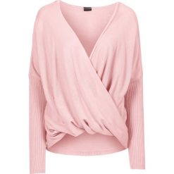 Sweter dzianinowy bonprix pastelowy jasnoróżowy. Swetry damskie marki bonprix. Za 59.99 zł.