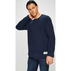 Tommy Jeans - Sweter. Czarne swetry przez głowę męskie Tommy Jeans, z bawełny, z okrągłym kołnierzem. Za 399.90 zł.