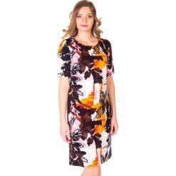 Jesienna sukienka w kwiaty QUIOSQUE. Czerwone sukienki damskie QUIOSQUE, na jesień, w kwiaty, z dzianiny, z krótkim rękawem. W wyprzedaży za 59.99 zł.
