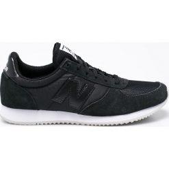 New Balance - Buty WL220BK. Czarne obuwie sportowe damskie New Balance, z materiału. W wyprzedaży za 199.90 zł.