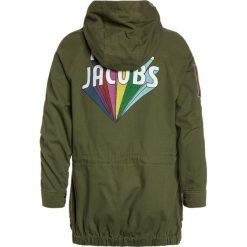 Little Marc Jacobs Parka kaki. Kurtki i płaszcze dla dziewczynek Little Marc Jacobs, z bawełny. Za 729.00 zł.