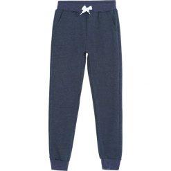 Ciemnoniebieskie Spodnie Dresowe In a Whisper. Niebieskie spodnie sportowe dla chłopców Born2be, z dresówki. Za 39.99 zł.