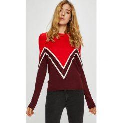 Only - Sweter Holli. Brązowe swetry damskie Only, z dzianiny, z okrągłym kołnierzem. W wyprzedaży za 99.90 zł.