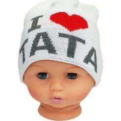 Czapka niemowlęca z napisem tata CZ 160B biała. Czapki dla dzieci marki Reserved. Za 30.75 zł.