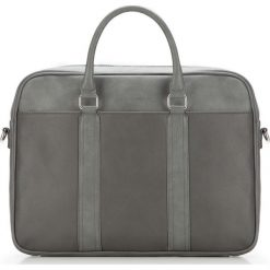 Torba na laptopa 87-3P-502-8. Czarne torby na laptopa męskie Wittchen, w paski. Za 379.00 zł.