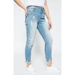 Jacqueline de Yong - Jeansy Albany. Niebieskie jeansy damskie Jacqueline de Yong. W wyprzedaży za 69.90 zł.