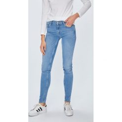 Levi's - Jeansy 710. Brązowe jeansy damskie Levi's. Za 399.90 zł.