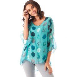 Koszulka w kolorze turkusowym. T-shirty damskie 100% Soie, w kropki, klasyczne, z asymetrycznym kołnierzem. W wyprzedaży za 130.95 zł.