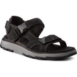 Sandały CLARKS - Un Trek Bar 261327777 Black Nubuck. Czarne sandały męskie Clarks, z materiału. W wyprzedaży za 259.00 zł.