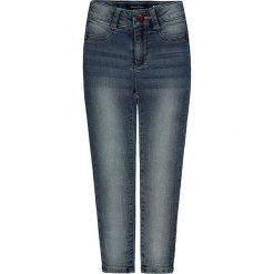 Dżinsy w kolorze niebieskim. Jeansy dla chłopców marki bonprix. W wyprzedaży za 87.95 zł.