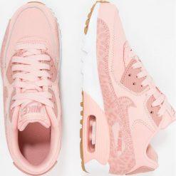 Nike Sportswear AIR MAX 90 LTR SE GG Tenisówki i Trampki coral stardust/rust pink/white. Trampki i tenisówki dziewczęce Nike Sportswear, z gumy. W wyprzedaży za 422.10 zł.