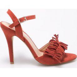 Vero Moda - Sandały. Szare sandały damskie Vero Moda, z materiału. W wyprzedaży za 99.90 zł.
