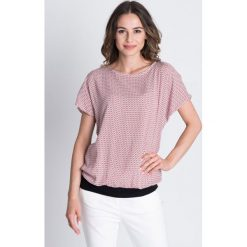 Wzorzysta bluzka ze ściągaczami BIALCON. Białe bluzki damskie BIALCON, z materiału, z okrągłym kołnierzem. Za 129.00 zł.