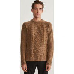 Sweter z raglanowym rękawem - Czerwony. Swetry przez głowę męskie marki Giacomo Conti. W wyprzedaży za 69.99 zł.