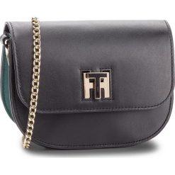 Torebka TOMMY HILFIGER - Th Twist Leather Cro AW0AW05714 901. Czarne torebki do ręki damskie Tommy Hilfiger, ze skóry. W wyprzedaży za 589.00 zł.