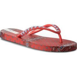 Japonki PEPE JEANS - PLS70029 Redwood 245. Czerwone klapki damskie Pepe Jeans, z jeansu. Za 95.00 zł.