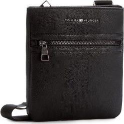 Saszetka TOMMY HILFIGER - Essential Flat Crossover AM0AM00806 Black 002. Czarne saszetki męskie Tommy Hilfiger, ze skóry ekologicznej, młodzieżowe. Za 299.00 zł.