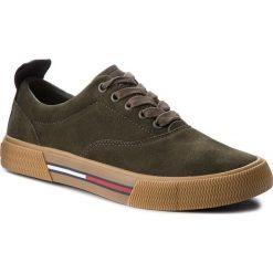 Tenisówki TOMMY JEANS - Oxford City Sneaker EM0EM00149 Forest Night 307. Zielone trampki męskie Tommy Jeans, z gumy. Za 399.00 zł.