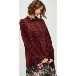 Answear - Sweter. Brązowe swetry damskie ANSWEAR, z dzianiny, z okrągłym kołnierzem. W wyprzedaży za 79.90 zł.