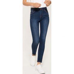 Jeansy skinny - Granatowy. Niebieskie jeansy damskie House. Za 99.99 zł.